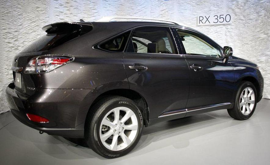 2010 Lexus RX350 - Slide 24