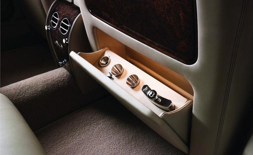 Bentley Arnage replacement (teaser image) - Slide 9