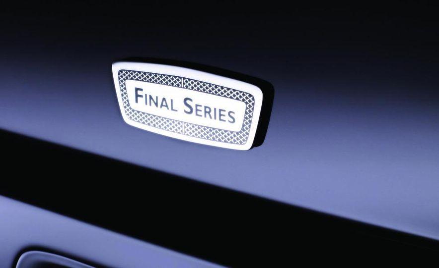 Bentley Arnage replacement (teaser image) - Slide 11