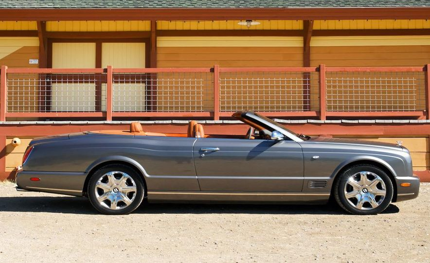 Bentley Arnage replacement (teaser image) - Slide 15