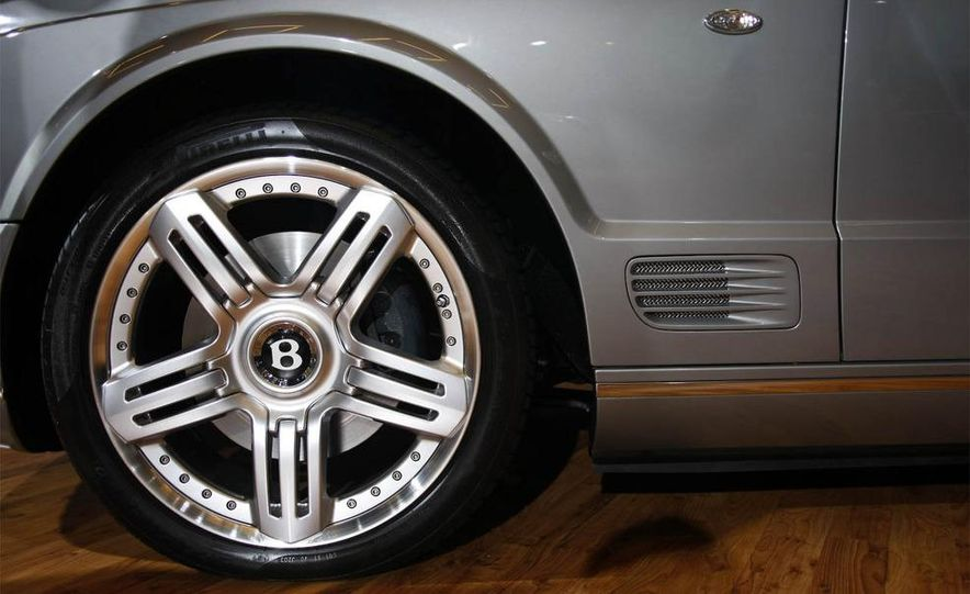 Bentley Arnage replacement (teaser image) - Slide 21