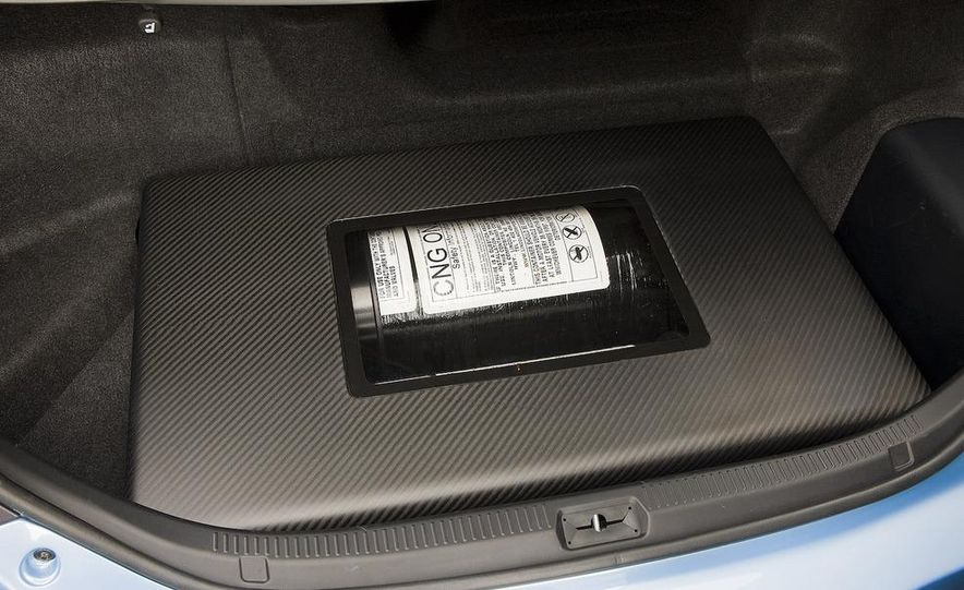 Toyota Camry CNG Hybrid concept - Slide 8