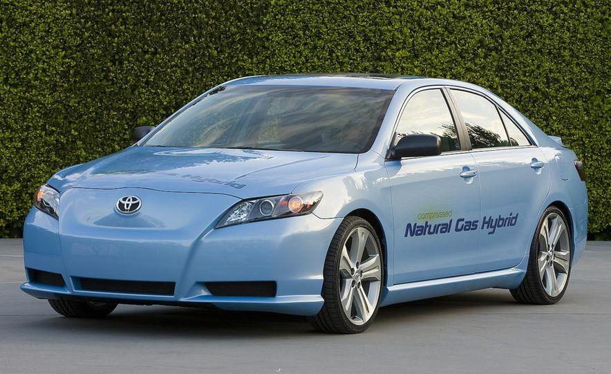 Toyota Camry CNG Hybrid concept - Slide 5