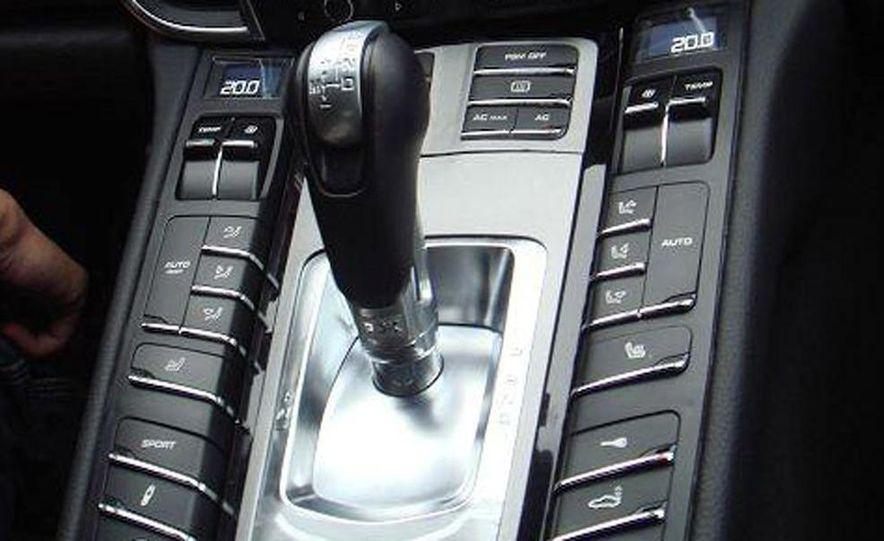 2010 Porsche Panamera Turbo - Slide 35