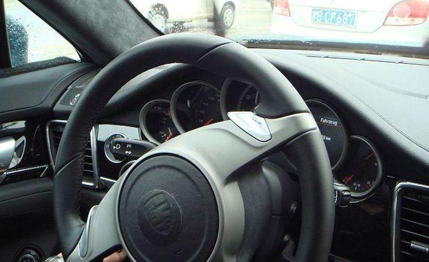 2010 Porsche Panamera Turbo - Slide 30