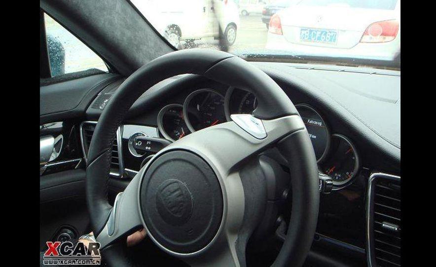 2010 Porsche Panamera Turbo - Slide 33