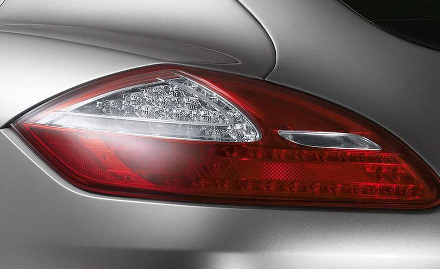 2010 Porsche Panamera Turbo - Slide 11