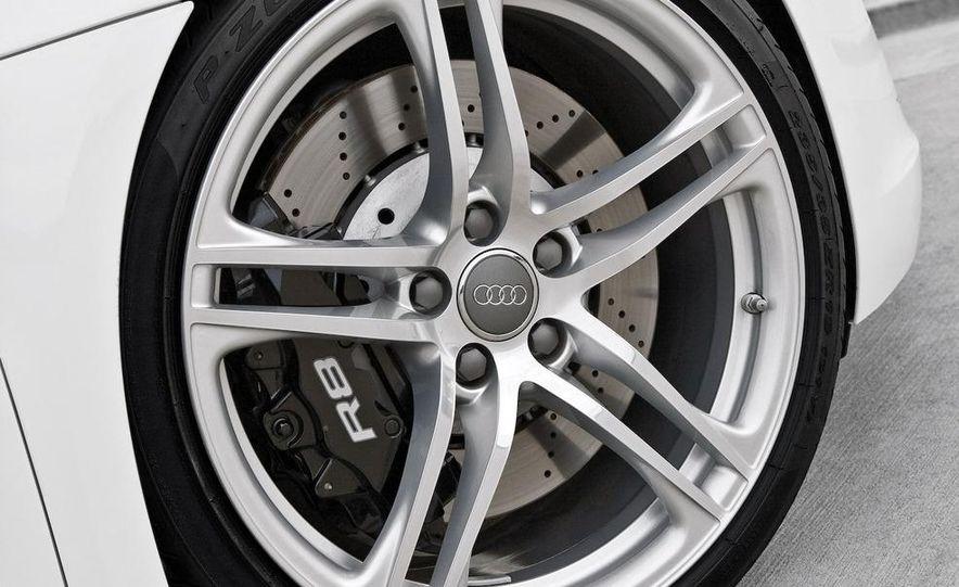 Audi R8 GT3 - Slide 12