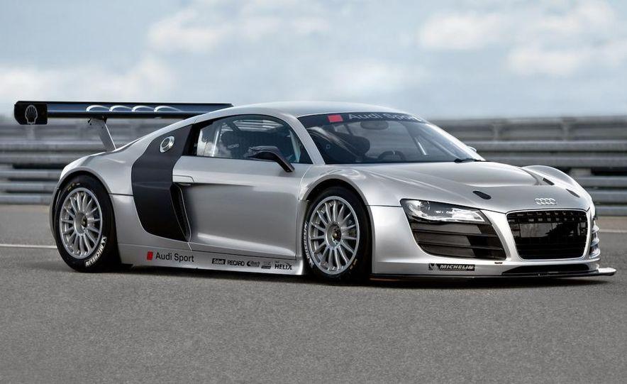 Audi R8 GT3 - Slide 2