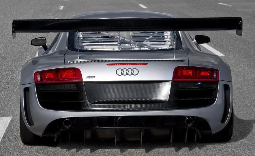 Audi R8 GT3 - Slide 4