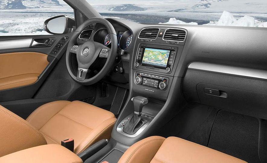 2010 Volkswagen Golf 5-door (European spec) - Slide 10