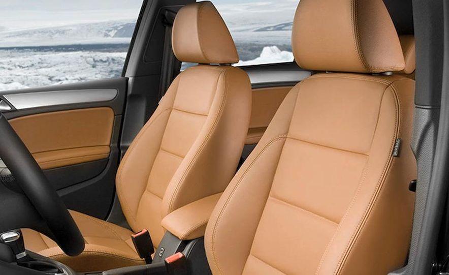 2010 Volkswagen Golf 5-door (European spec) - Slide 12