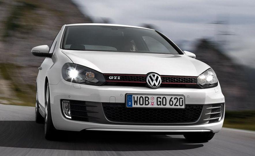2010 Volkswagen Golf 5-door (European spec) - Slide 21