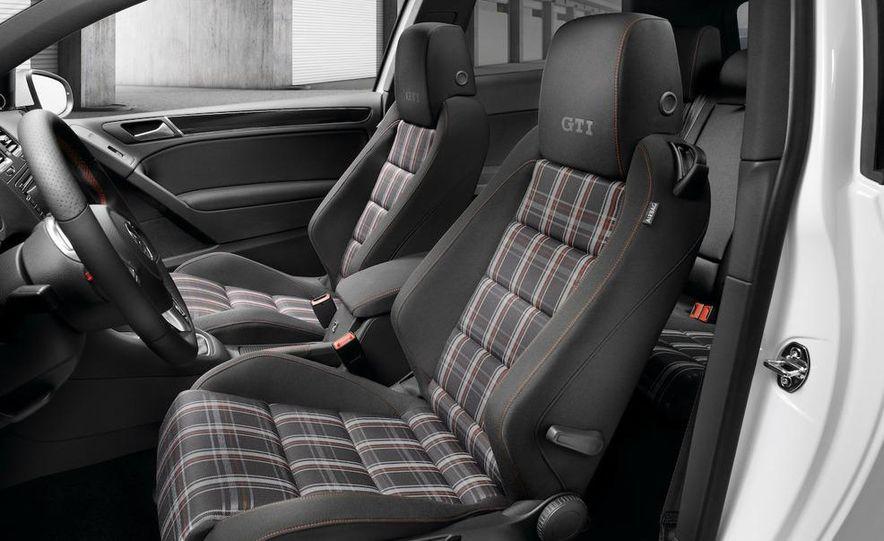 2010 Volkswagen Golf 5-door (European spec) - Slide 18