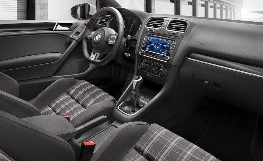 2010 Volkswagen Golf 5-door (European spec) - Slide 19