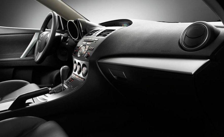 2010 Mazda 3 Grand Touring - Slide 33