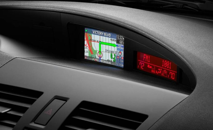 2010 Mazda 3 Grand Touring - Slide 24