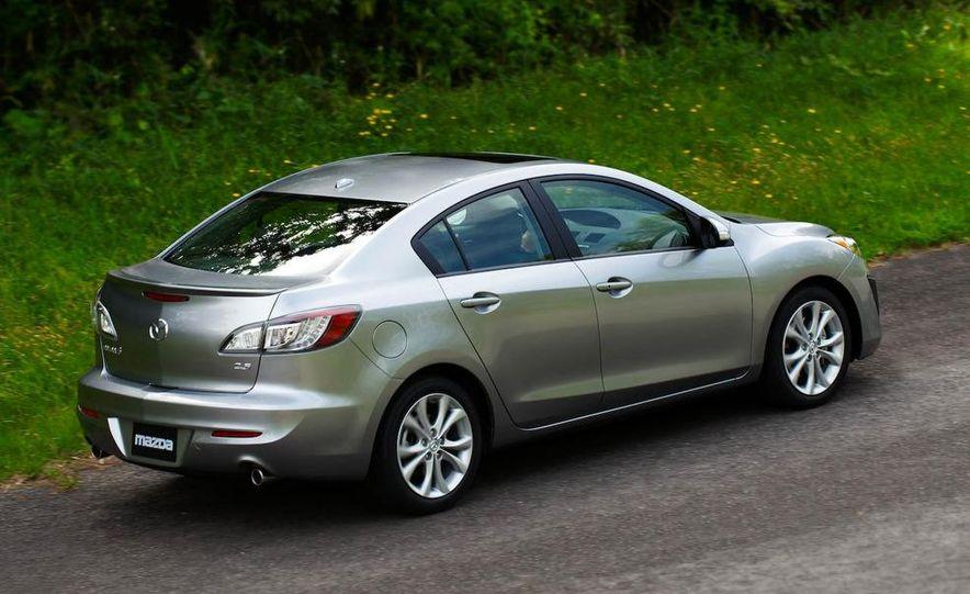 2010 Mazda 3 Grand Touring - Slide 2