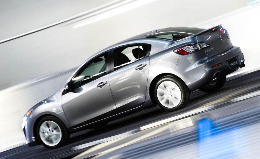 2010 Mazda 3 Grand Touring - Slide 11