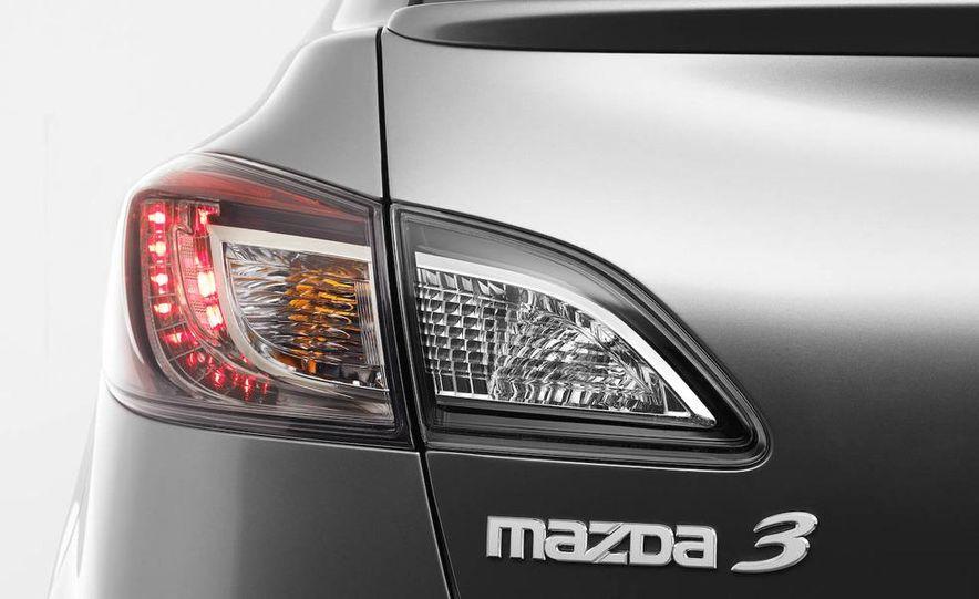 2010 Mazda 3 Grand Touring - Slide 23