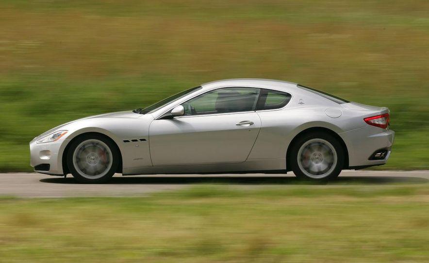 2009 Maserati GranTurismo S 4.7 wheel - Slide 13