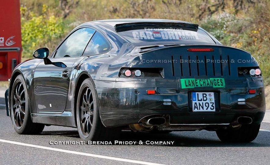 2011 Porsche 911 Carrera (998) coupe - Slide 4