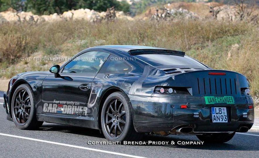 2011 Porsche 911 Carrera (998) coupe - Slide 5