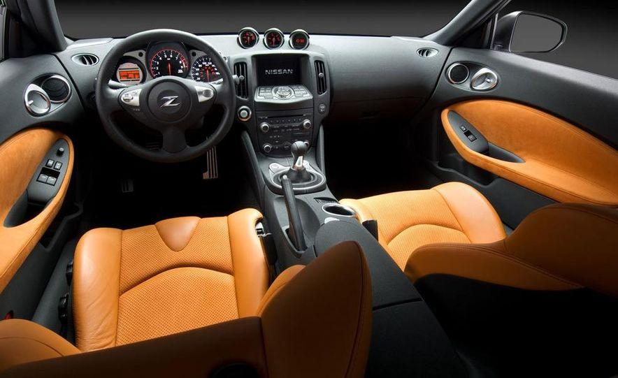 2009 Nissan 370Z coupe - Slide 27