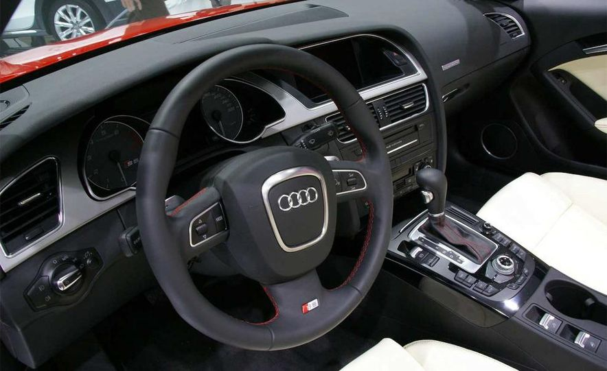 2010 Audi S5 cabriolet - Slide 18
