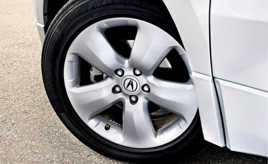 2007 Acura RDX wheel - Slide 1