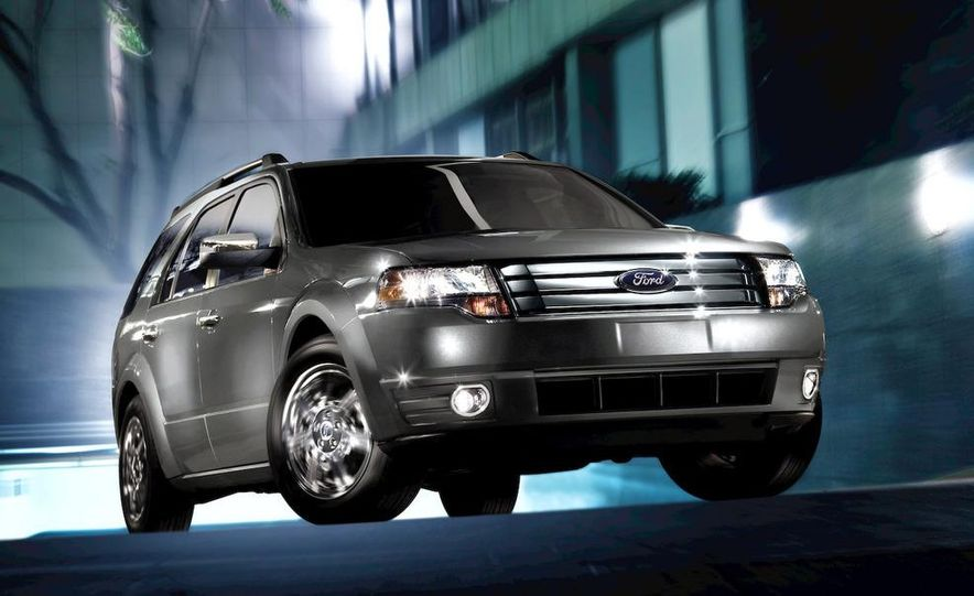 2009 Ford Taurus X Limited - Slide 3