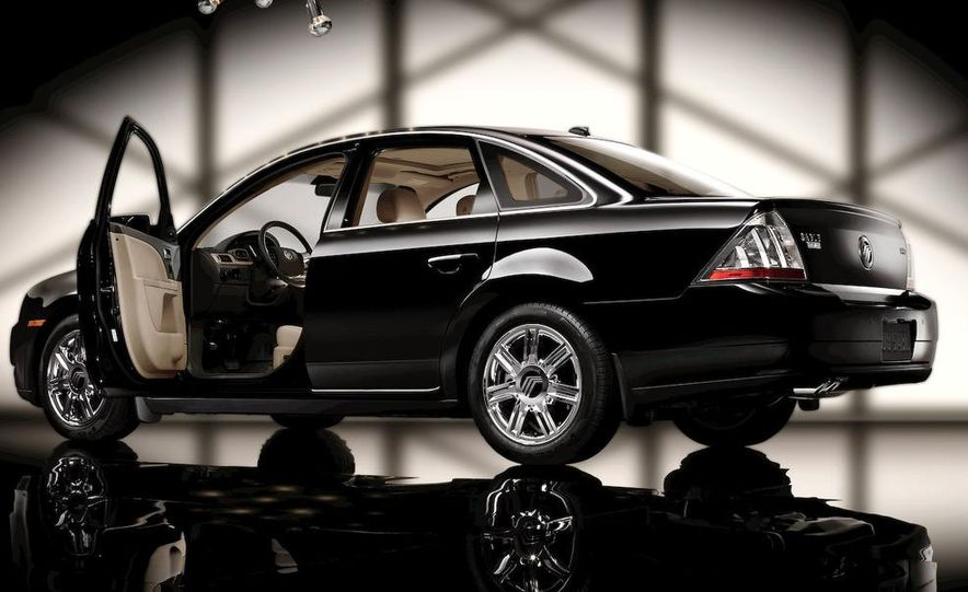 2009 Ford Taurus X Limited - Slide 12