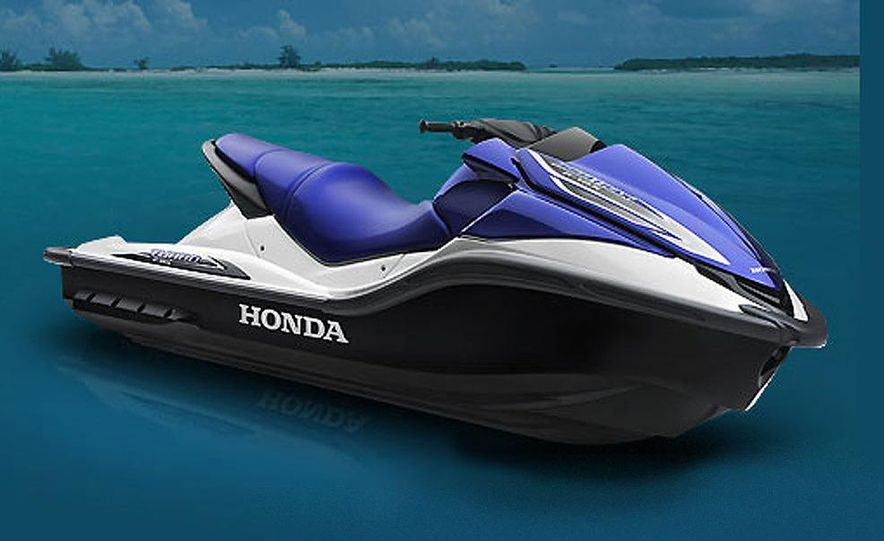 Honda AquaTrax F-15X personal watercraft - Slide 2