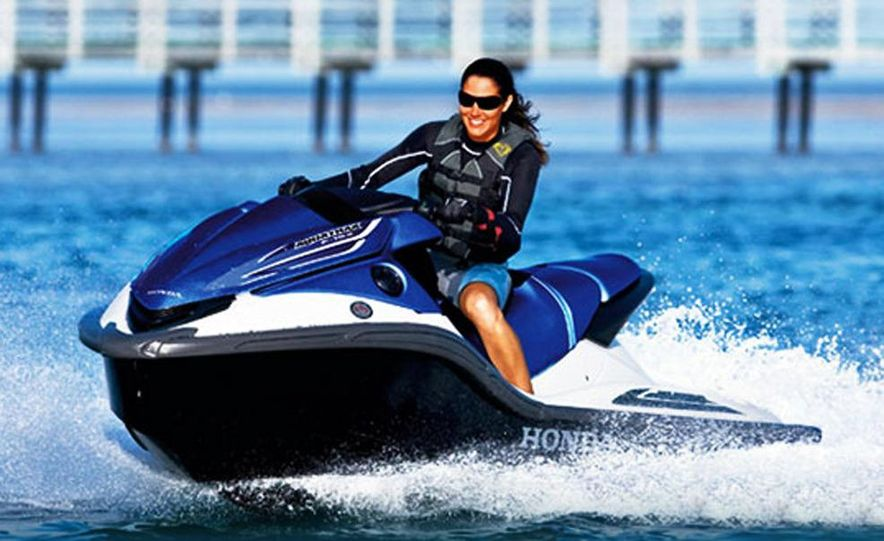 Honda AquaTrax F-15X personal watercraft - Slide 3
