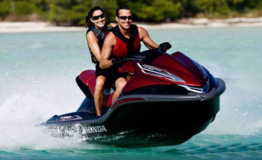 Honda AquaTrax F-15X personal watercraft - Slide 5