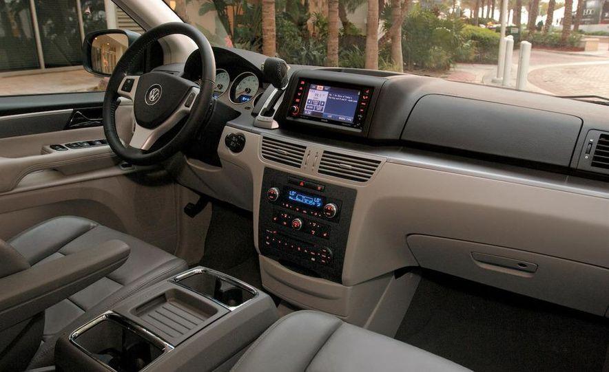 2008 Jeep Wrangler interior - Slide 25