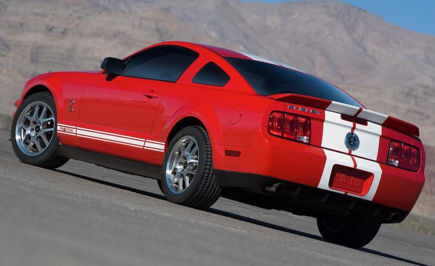 2008 Ford Mustang Shelby GT500 coupe - Slide 7