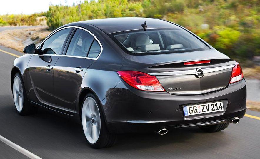 2009 Opel Insignia sedan - Slide 2