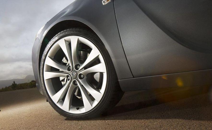 2009 Opel Insignia sedan - Slide 19