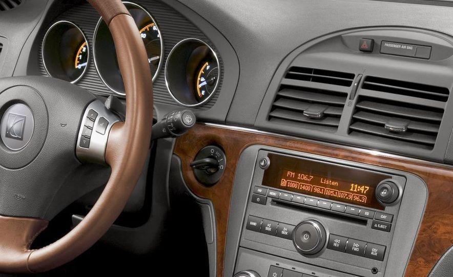 2009 Opel Insignia sedan - Slide 13