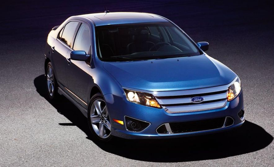 2010 Ford Fusion Sport AWD - Slide 10