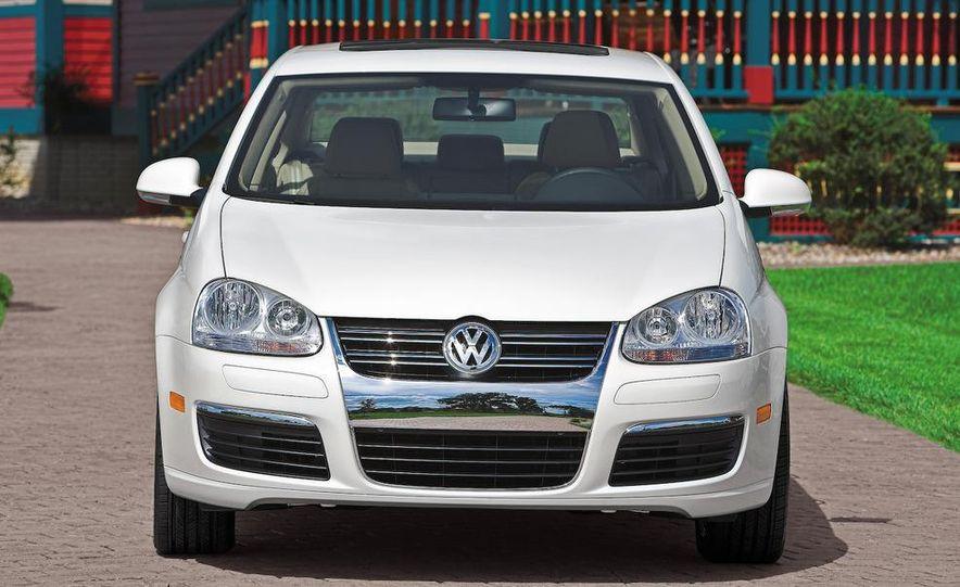 2011 Volkswagen Jetta sedan (spy photo) - Slide 10