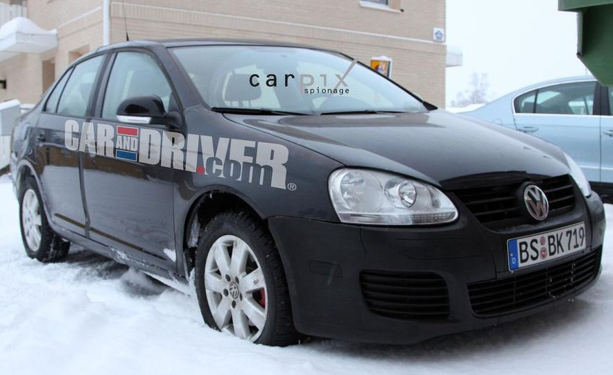 2011 Volkswagen Jetta sedan (spy photo) - Slide 3