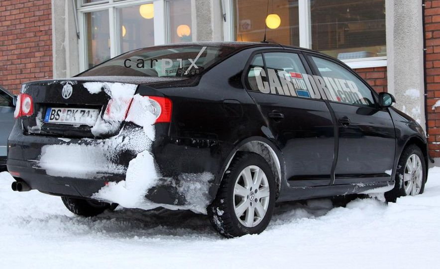 2011 Volkswagen Jetta sedan (spy photo) - Slide 5