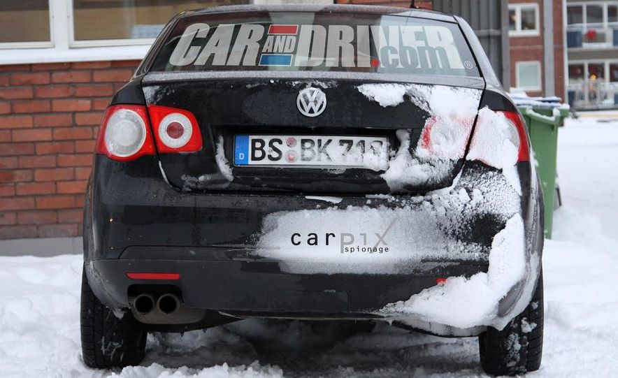 2011 Volkswagen Jetta sedan (spy photo) - Slide 6