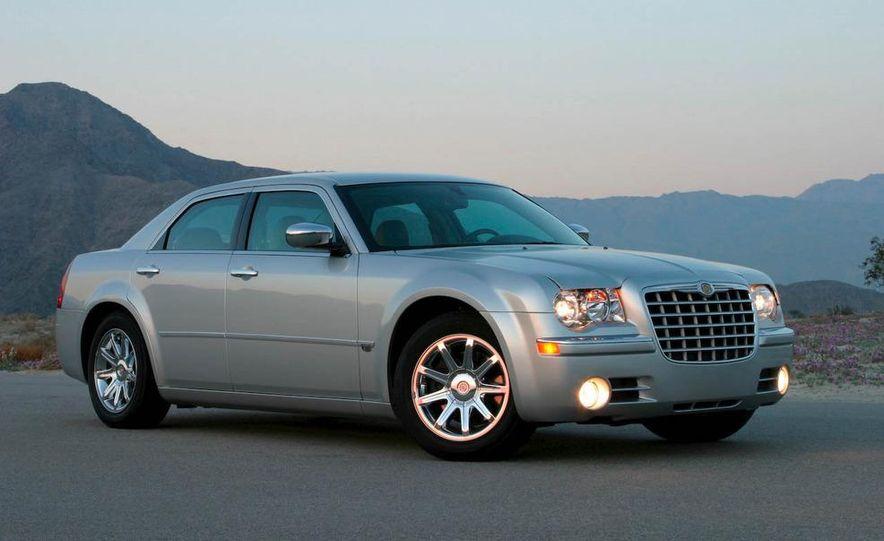 2009 Chrysler 300C - Slide 1