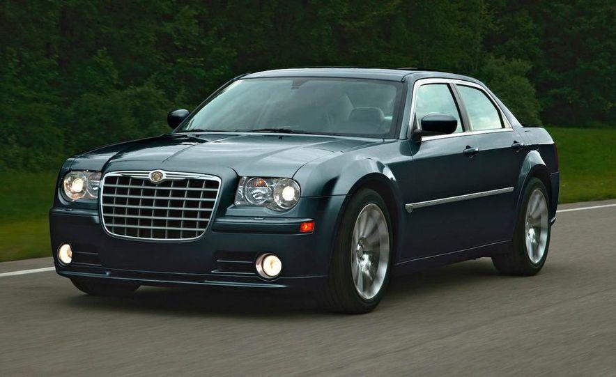 2009 Chrysler 300C - Slide 6