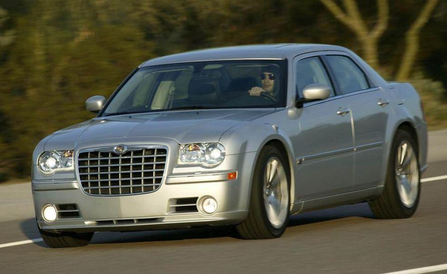 2009 Chrysler 300C - Slide 10
