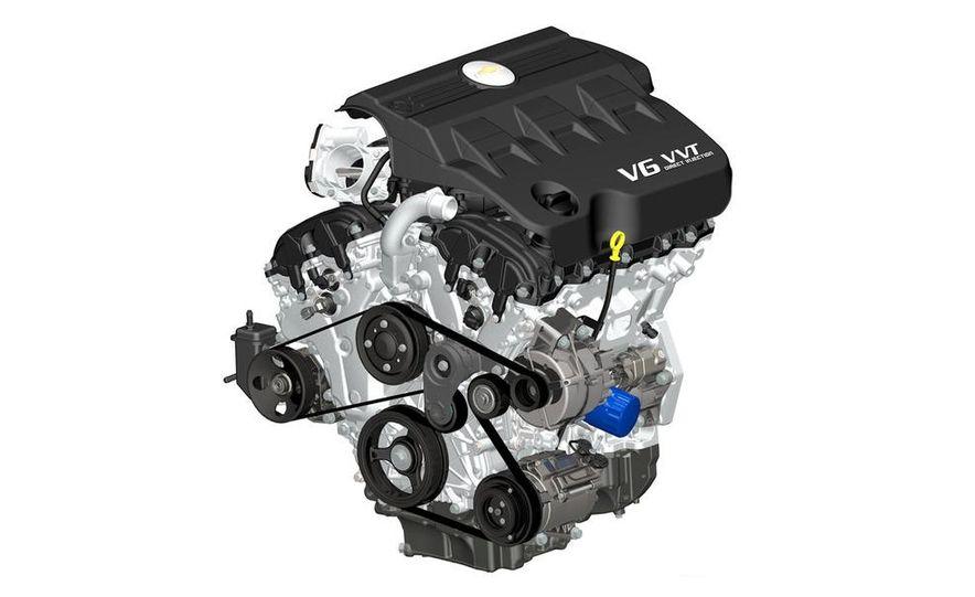 2010 Chevrolet Equinox direct-injected 2.4-liter inline-4 engine - Slide 4