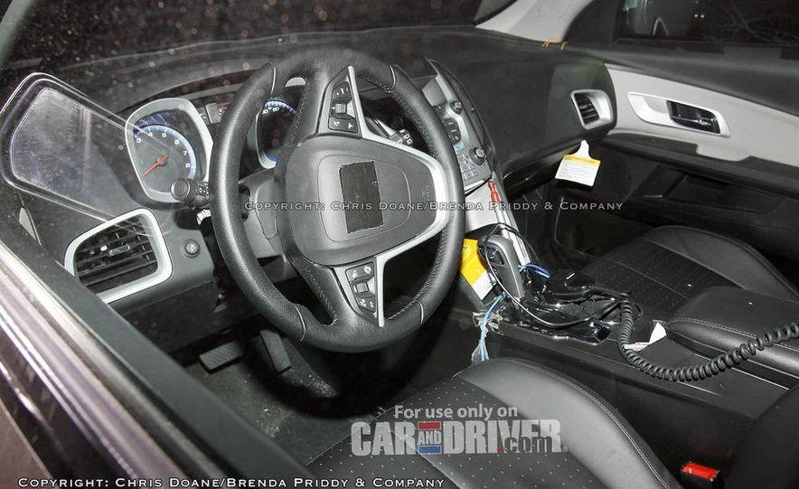 2010 Chevrolet Equinox direct-injected 2.4-liter inline-4 engine - Slide 18